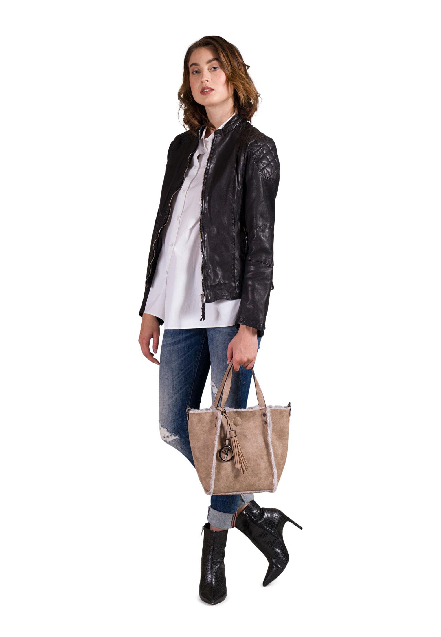 Shopper Nessy